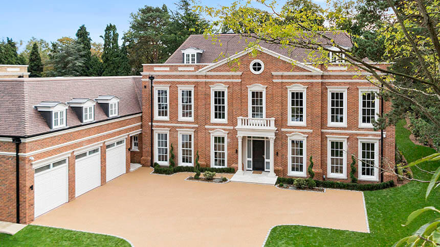 Attractive Sales Of Luxury Homes In Walton On Thames Suggest A Confident Property  Market