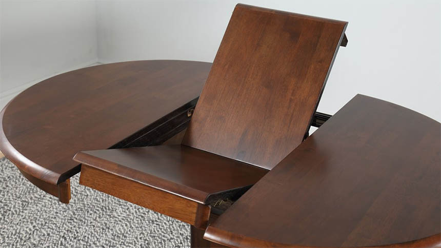 Extendable dining table (Furniture Choice)