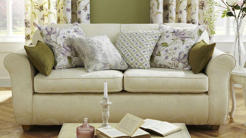 Sofa covered in Pergola fabric