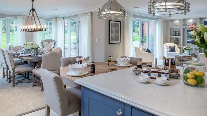 Hamilton Place open plan kitchen (Millgate)