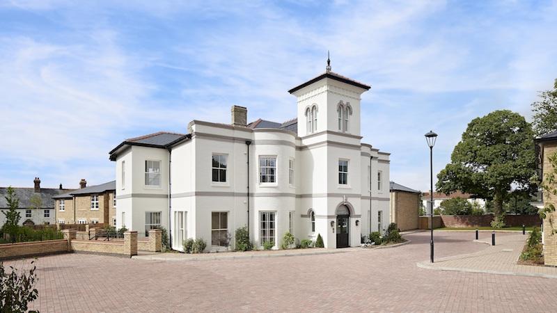 Avon Villa (Platinum Skies)