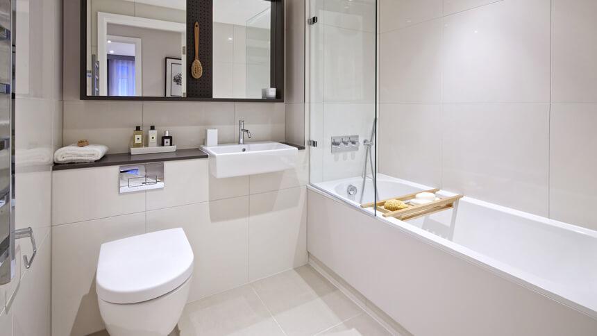 City Wharf bathroom
