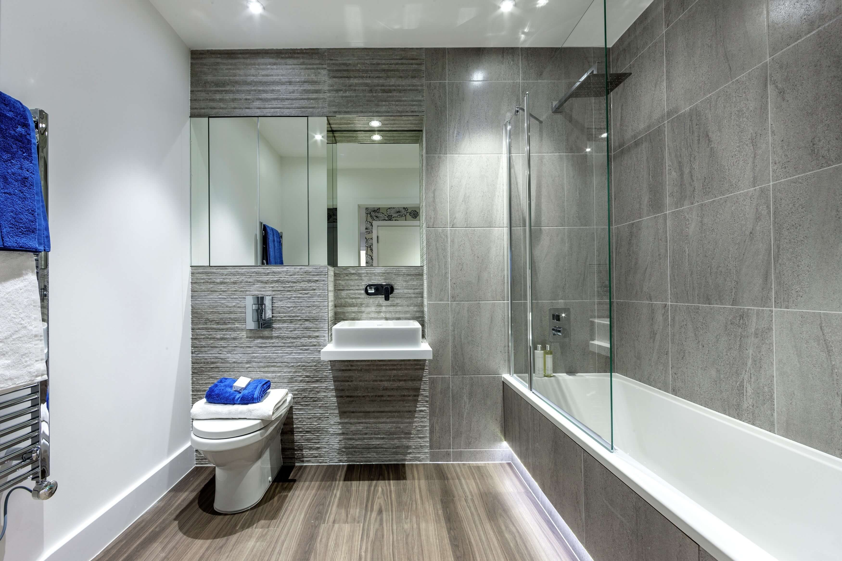 Show home room by room london square isleworth for Show home bathrooms