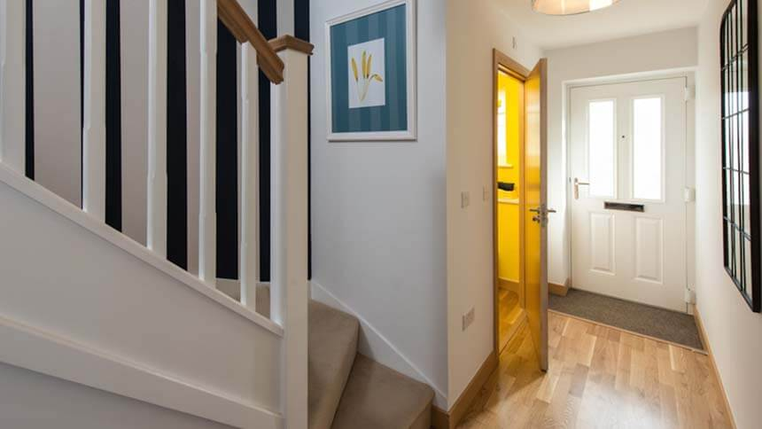 Nightingale Rise hallway (Weston Homes)