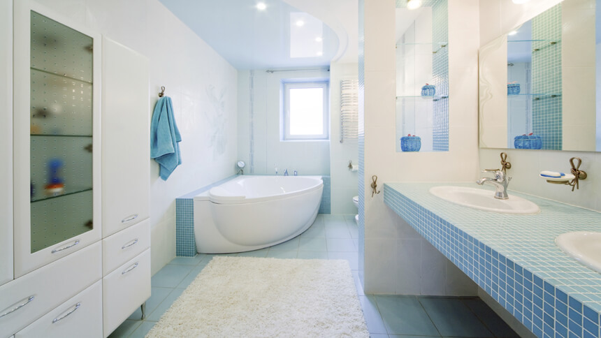 Incorporate blue and white into your bathroom