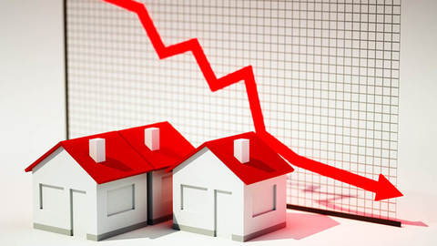 Mortgage interest rates are decreasing lower