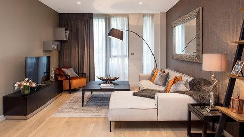 Quebec Quarter living room