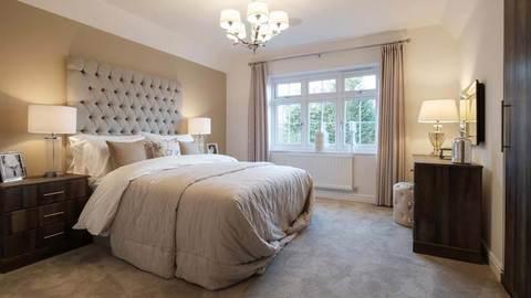 Kings Hundred master bedroom (Redrow)