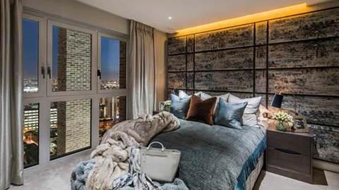 Landmark Place master bedroom (Barratt Homes)