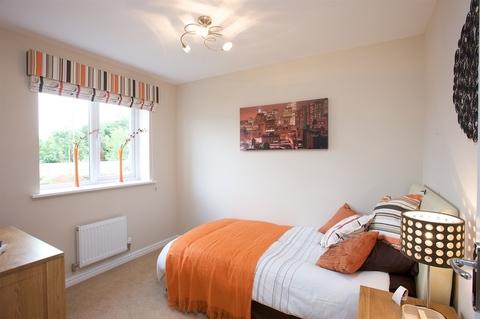 4 bedroom  house  in Kingswood