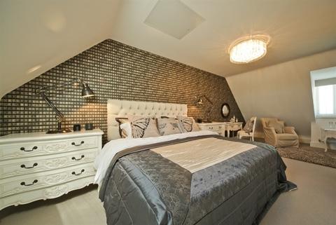 4 bedroom  house  in Clipstone Village