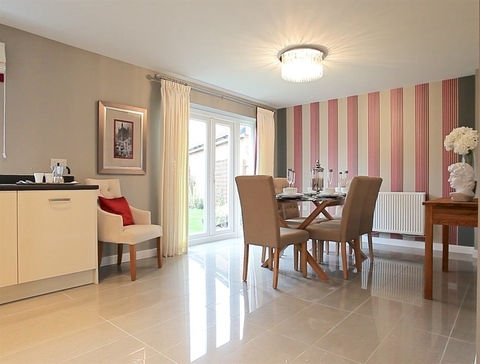 2 bedroom  house  in Exeter