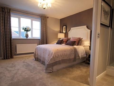 4 bedroom  house  in Leamington Spa