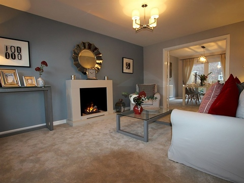 4 bedroom  house  in Leigh