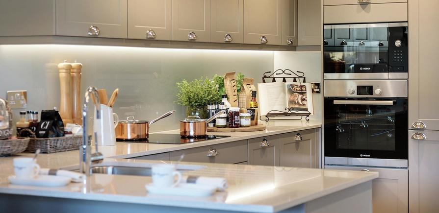 St Edward, Longwater Reach, Interior, Kitchen/Dining