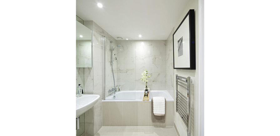 St Edward, Stanmore Place, Royal Crescent Show Apartment En Suite Bathroom, Interior