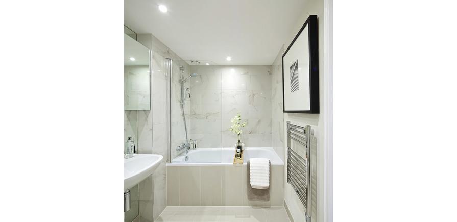 St Edward, Stanmore Place, Royal Crescent Show Apartment En Suite Bathroom, Interior