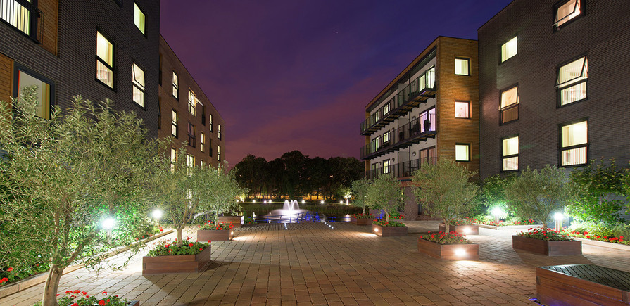 St Edward, Stanmore Place, Walkway, Landscaped Gardens, Feature Lake, Dusk, Exterior
