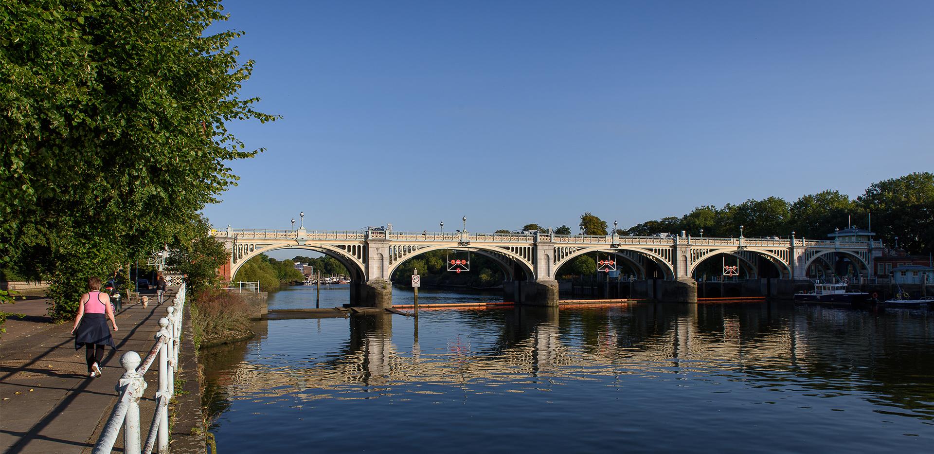 St James, Fitzroy Gate, Isleworth bridge