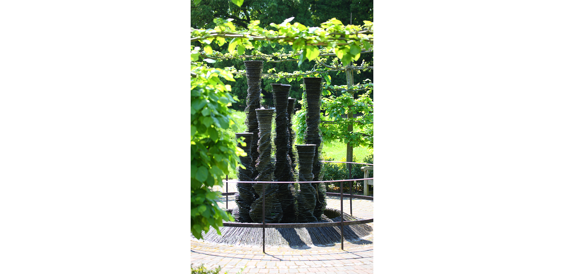 St James, Fitzroy Gate, Kew Gardens
