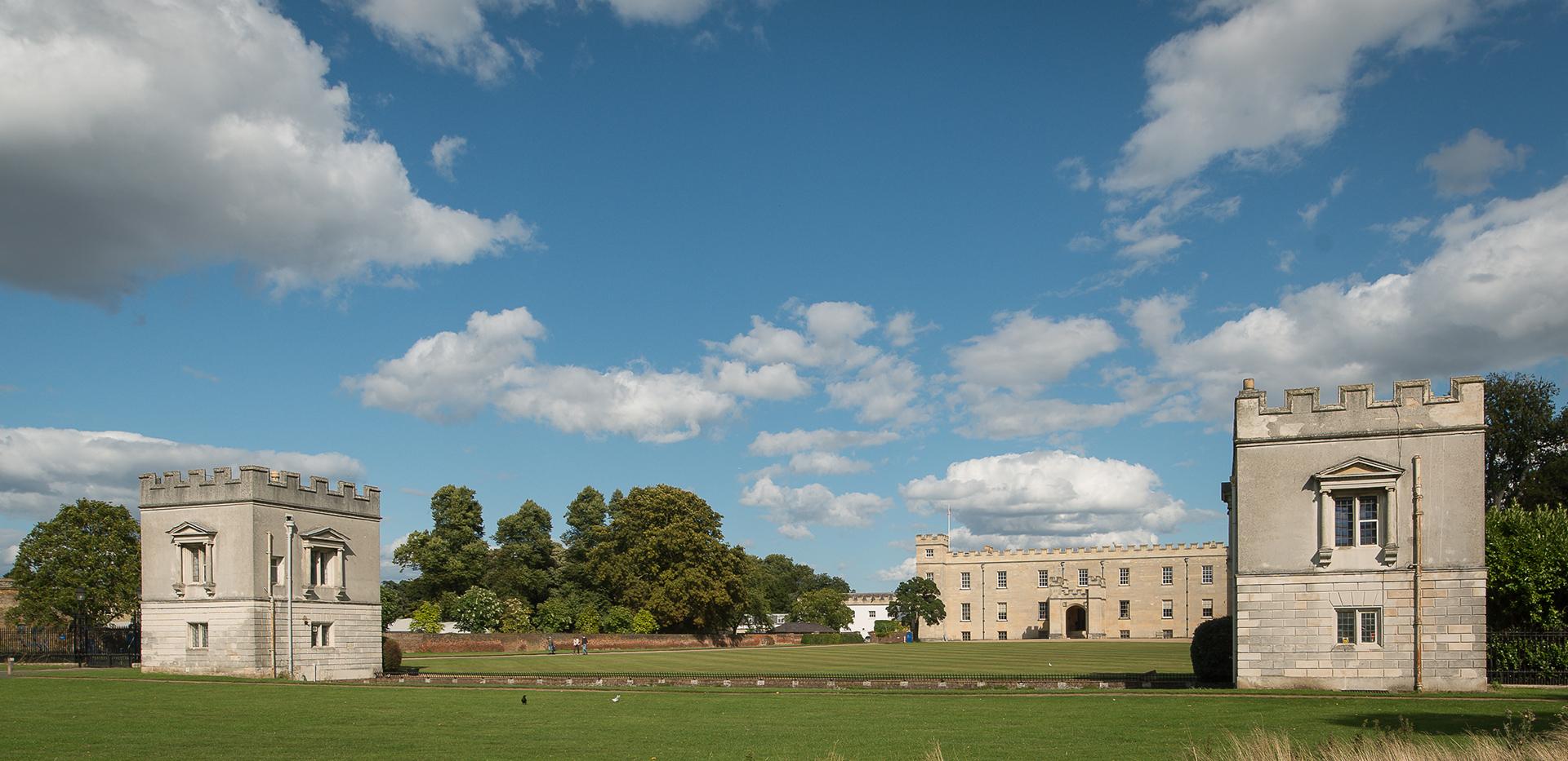 St James, Fitzroy Gate, Syon house