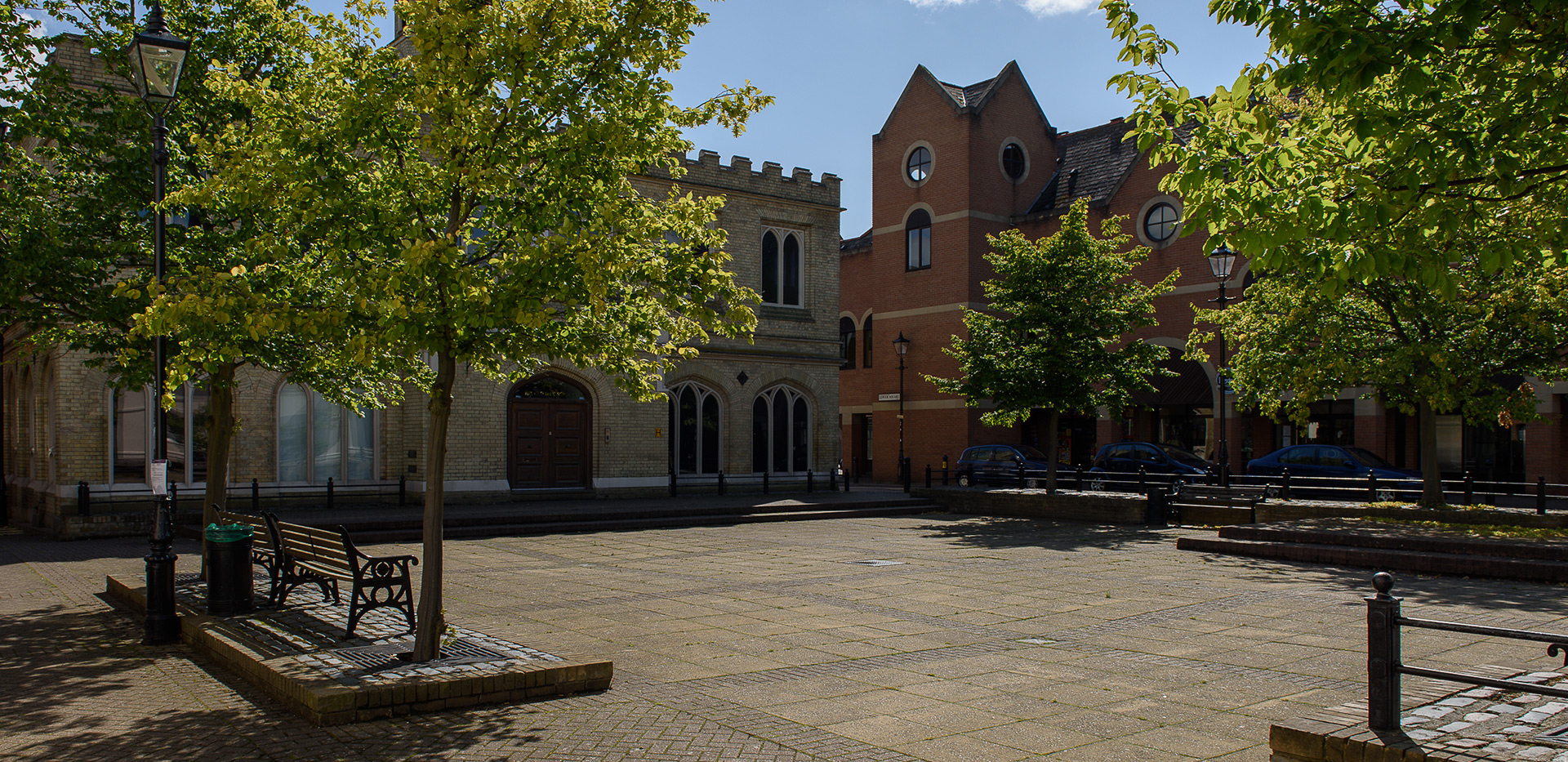 St James, Fitzroy Gate, Isle lower square