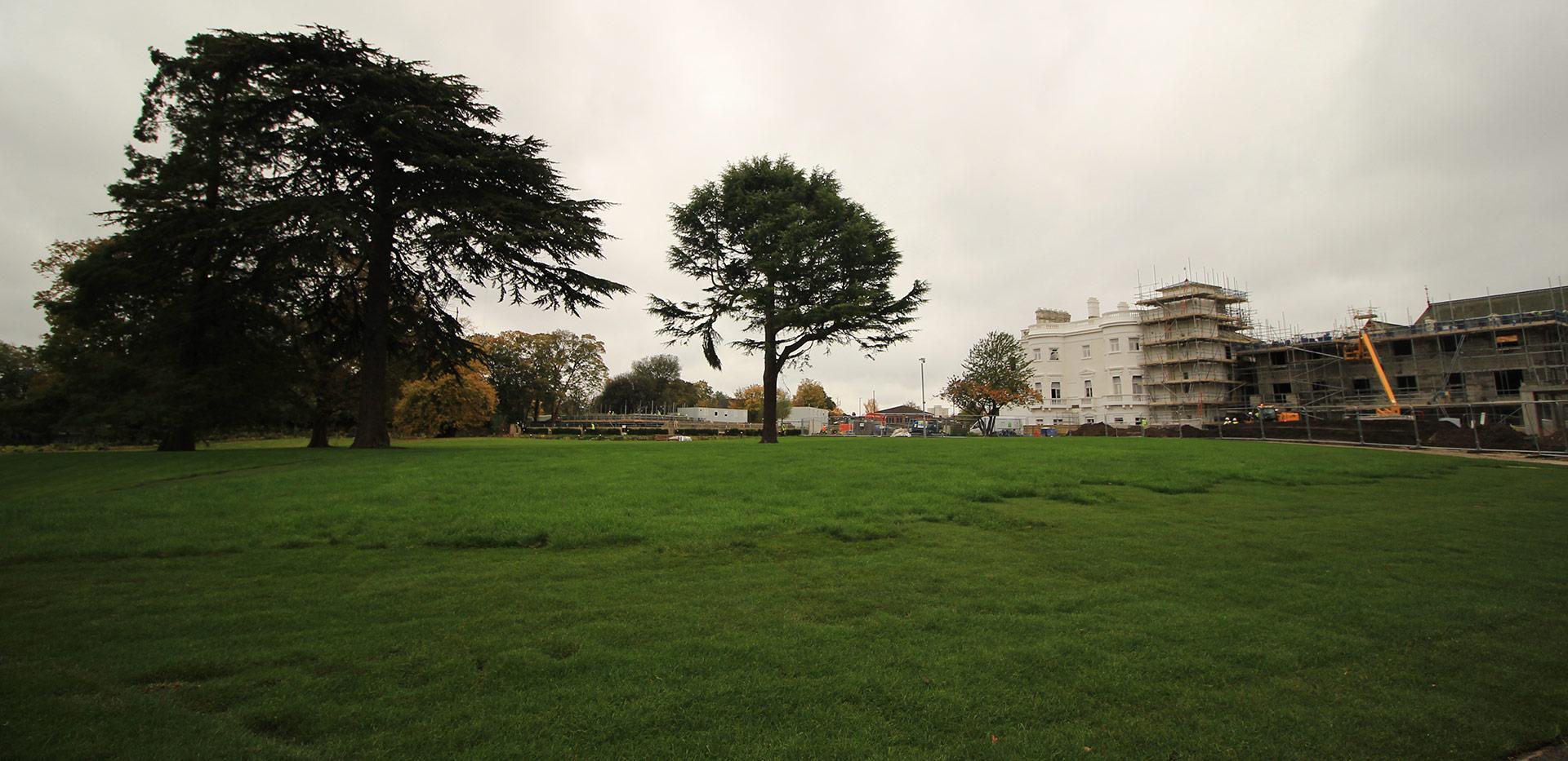 St James, Fitzroy Gate, Park, Dusk, Exterior