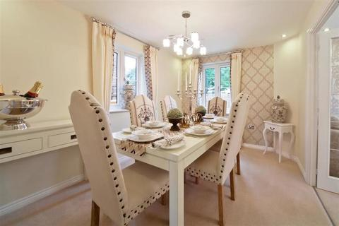 5 bedroom  house  in Brackley