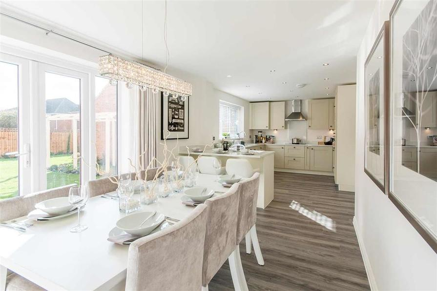 Shelford Show Home at St James View