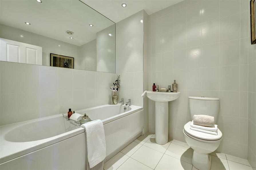 Image depicts a typical 1 bedroom Taylor Wimpey home