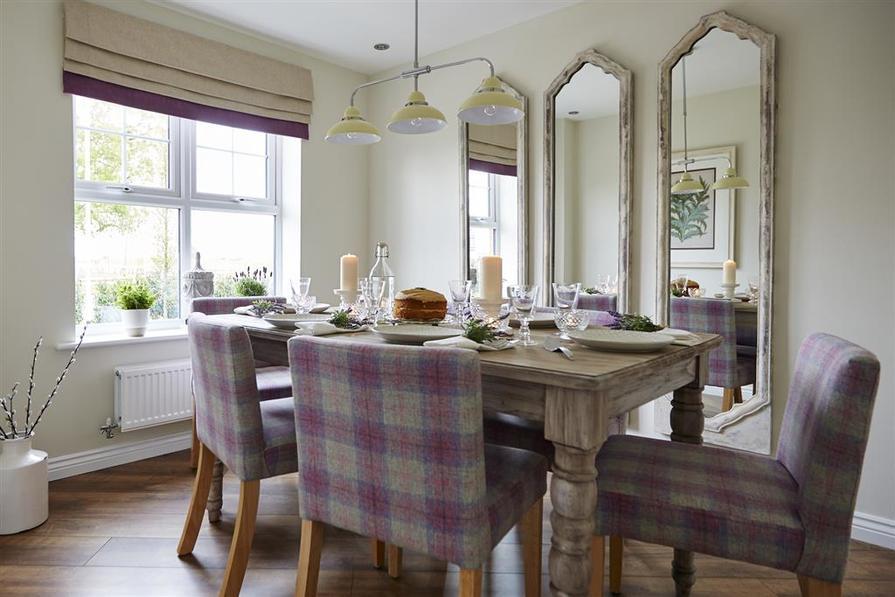 tw_man_albion_lock_sandbach_pd32_aldenham_dining_room