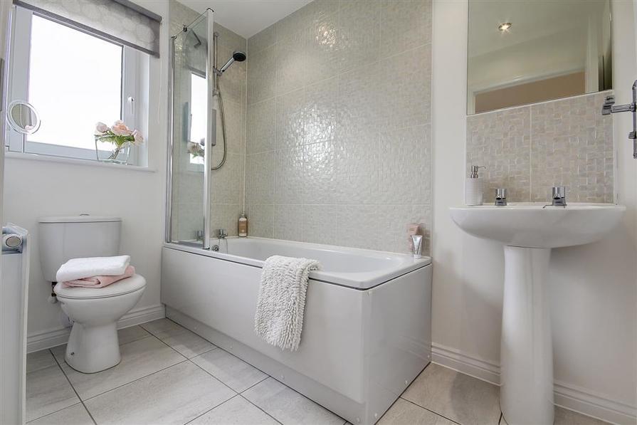 Walkers Gate - Douglas Bathroom