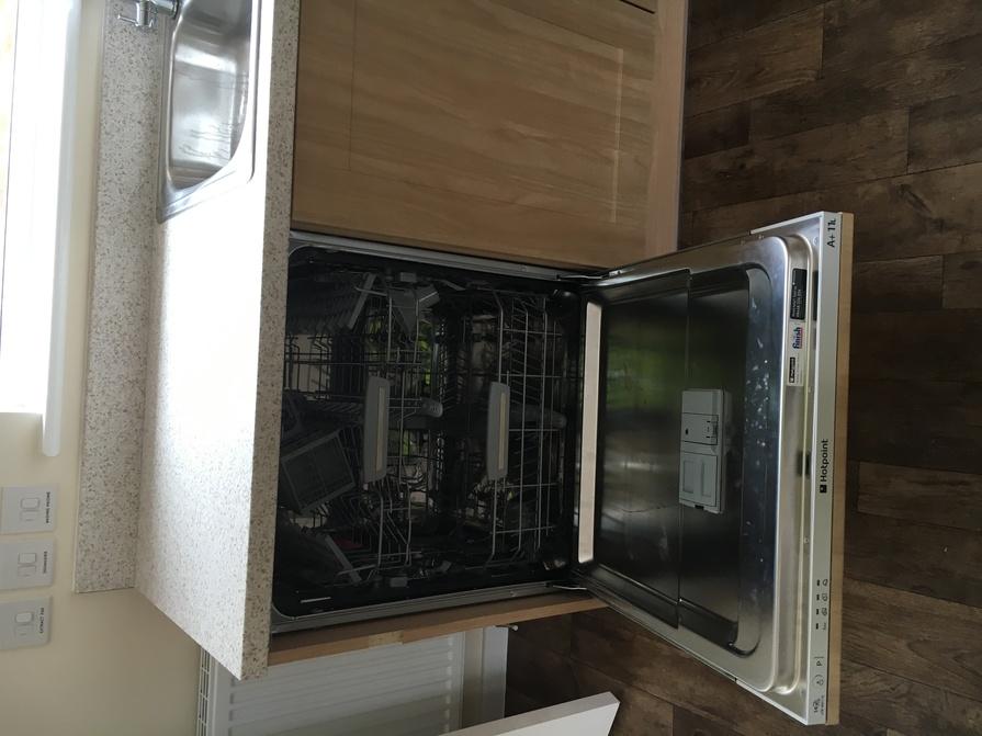 newbold-centre-leicester-street-kitchen-dishwasher